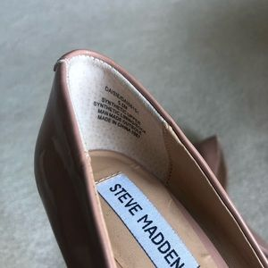 Steve Madden Shoes - Steve Madden Pointed Toe Pumps